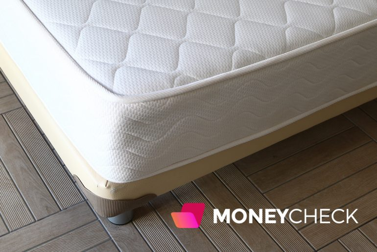 When is the Best Time to Buy a Mattress? Complete Guide